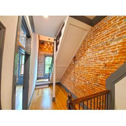 1211 Lami St Middle Upper Staircases (4)